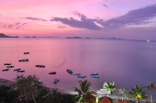 Pink sunset in Labuan Bajo from the hotel | by Jorge Lascar