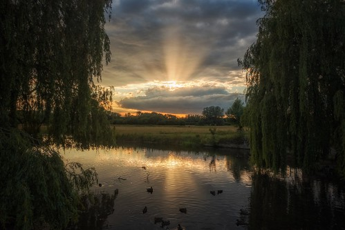sunset summer england river suffolk sudbury sonyphotographing lightroomcc sonyrx100iii