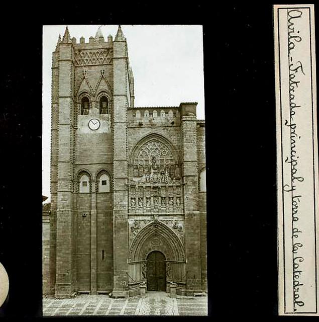 Ávila, la Catedral. Transparencia de proyección, positivo  sobre vidrio