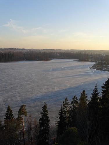 blue sunset sky lake ice sunshine silhouette clouds landscape spring shadows sony shades latvia shape lettland aluksne latvija saule daba ledus lettonie debesis mākoņi ezers saulriets alūksne
