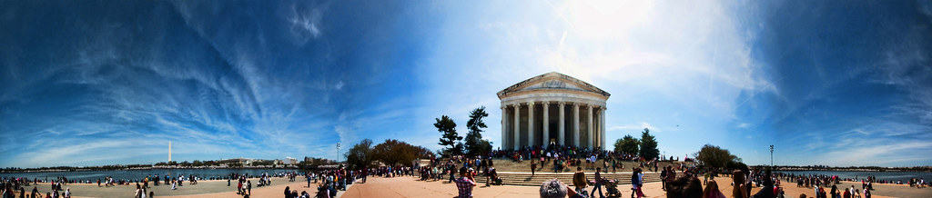 Cherry Blossom Festival at the Jefferson Memorial