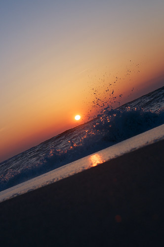 sunset sea beach japan seaside nikon niigata lowangle tainai nofinder 2015 d90 oldlens nikkorsc50mmf14c