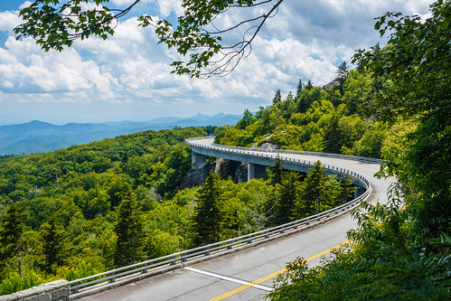 daytime blue parkway bridge linn cloudy green ridge viaduct cove summer park national newland northcarolina unitedstates us