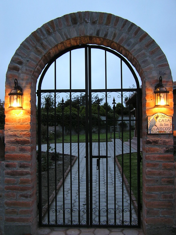San Miguel - courtyard entry - 16JAN12