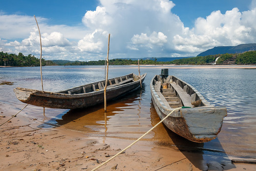 Lake Canaima | by Stig Nygaard