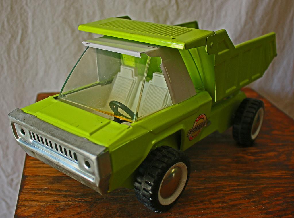Buddy L Hydraulic Dump Truck | Worst Green, Ever | splitcat