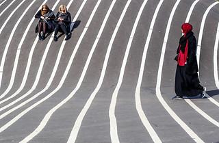 Girls in the sun | by Jan Jespersen