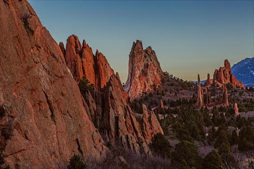 park sunset red rock landscape twilight colorado unitedstates dusk gardenofthegods coloradosprings formations