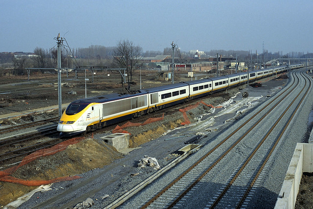 Eurostar (trainset 3219/3220) as train 9127 to London Waterloo passing at Halle on 23 February 1997 during the engineering's works to replace the station by an underground one