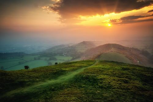 landscape wales green sunrays sunrise