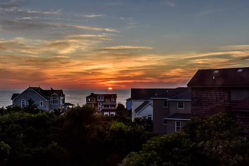240700mmf28 nikond810 nikon sunrise dawn color landscape ocean outerbanks obx northcarolina summer sky