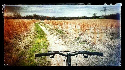 bicycle landscape scenic trail smartphone filter missouri mtb dirtroad stcharles app htc