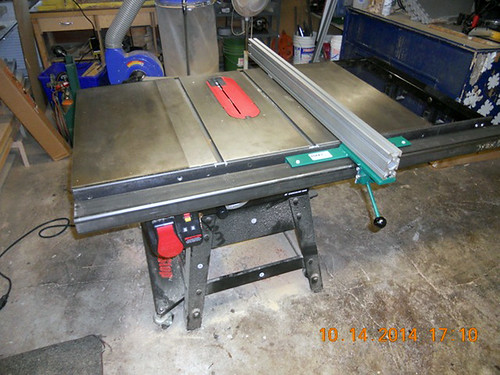 Hank Kennedy table saw project - diy guide rails 20 | by VerySuperCool TOOLS