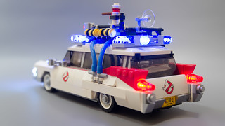 Lego Ghostbusters Ecto-1 Light Mod 19   by M600