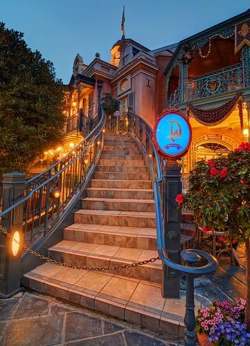 sunset stairs disneyland disney hdr goldenhour neworleanssquare californiaadventure dreamsuite