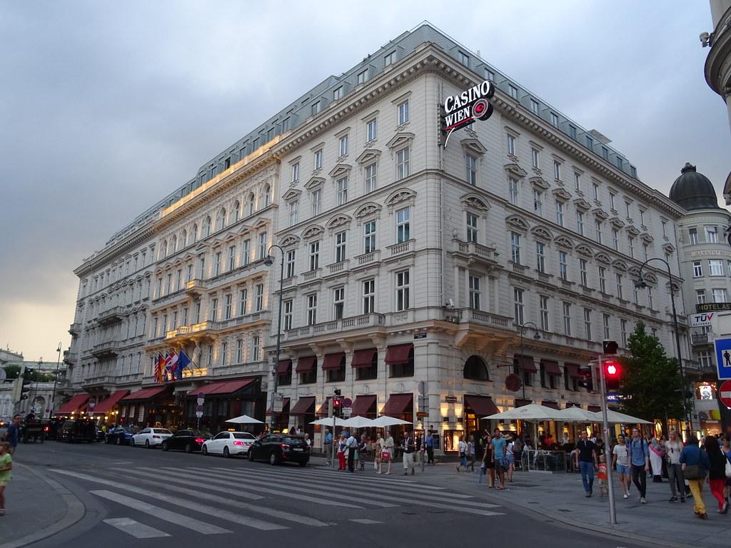 Wien, 1. Bezirk (the art of very renowned hotel buildings of Vienna) - Philharmonikerstraße/Kärntner Straße/Maysedergasse/Albertinaplatz (Hotel Sacher - Café Mozart)