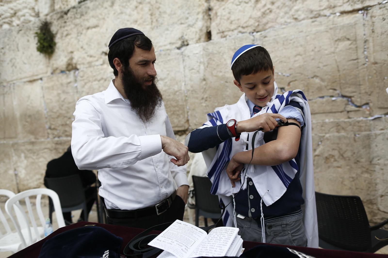 Bar Mitzvah 18_Jerusalem_Y9A9689_Yonatan Sindel_Flash 90_IMOT