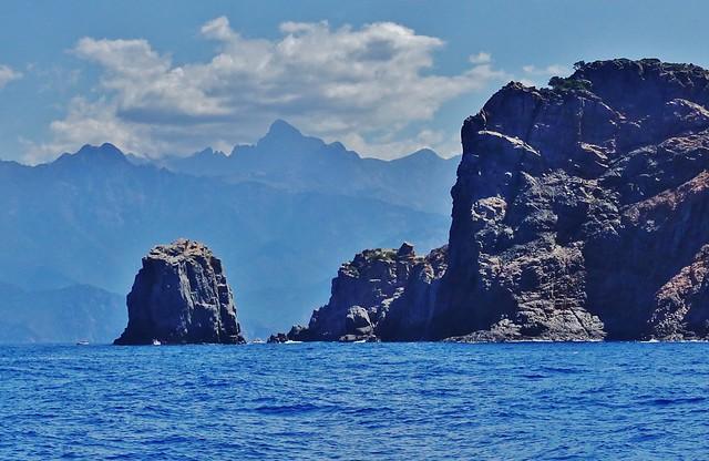 Dahinter der Monte Rotondo