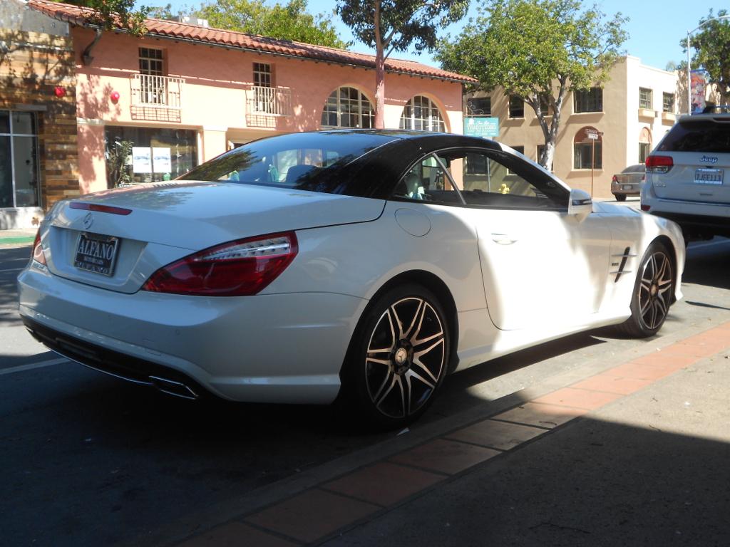 Mercedes Benz Sl550 White Arrow Edition Playnthru Flickr