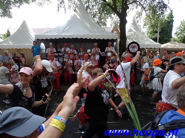 2016-07-22   4e     dag Nijmegen      40 Km   (182)