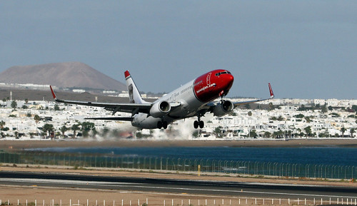 LN-NOW Norwegian B737-800 ACE 14-10-13 (1) | by cvtperson