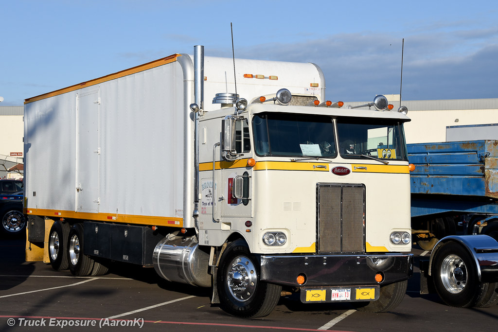 1979 Peterbilt 352 | 2016 ATHS National Convention & Truck S