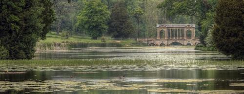 palladian bridge stowe house england uk