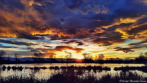 sky lake west nature pond colorado pueblo cattails sunsetscloudsmountainpondlakewaterpueblowest