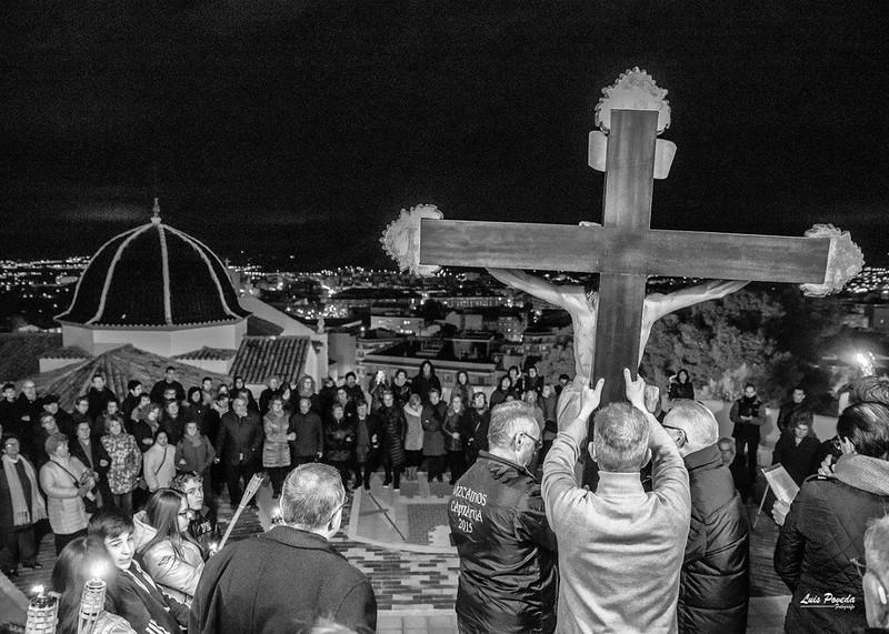 (2018-03-23) - IX Vía Crucis nocturno - Luis Poveda Galiano (16)