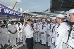 Secretary of the Navy Ray Mabus speaks with Sailors aboard USS Fort Worth (LCS 3) in Da Nang. (U.S. Navy/MC2 Conor Minto)