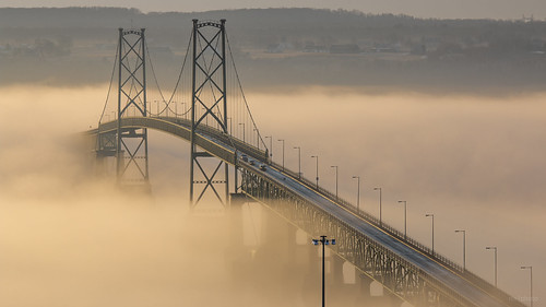 bridge fog sunrise river stlaurent fleuve île dorléan