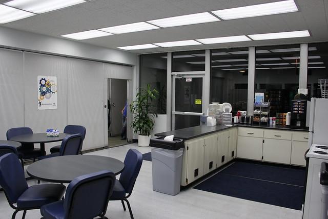 Indoor Lunch/Break Room LED T8 Tube Lighting