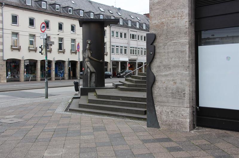 Öffentliche Kunstsäule, Darmstadt 2015