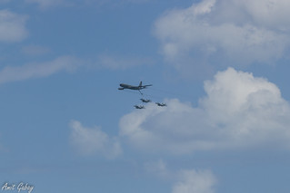"Boeing 707 ""Re'em"" Fueling 3 F-15B/D ""Baz"" (ראם ובז)"