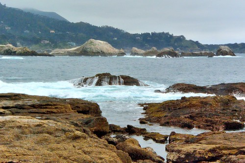 waveoverrocks waves rocks bay montereybay montereypeninsula california pacificocean pointlobosreserve joelach