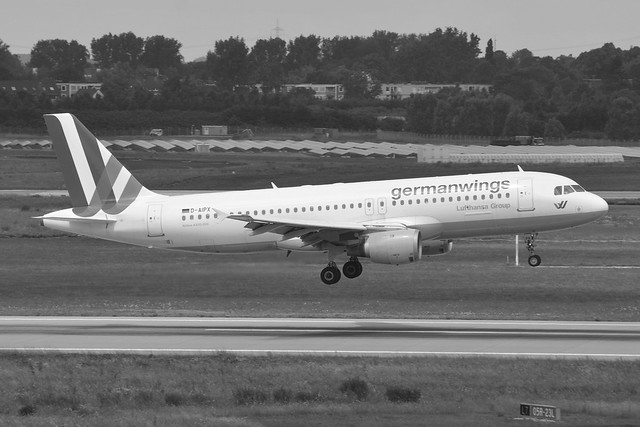 Germanwings Airbus A320-211 D-AIPX