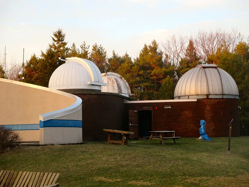 newyork evening observatory telescopes sciencecenter glowinglight mikołajkopernik nicolauscopernicus publicobservatory spaceeducationcenter vestalcenter kopernikobservatorysciencecenter koperniksocietyofbroomecounty 6in015mf12refractor 14in036mf11reflector 20in051mreflector 1729foot52426mhill fridayopentopublic