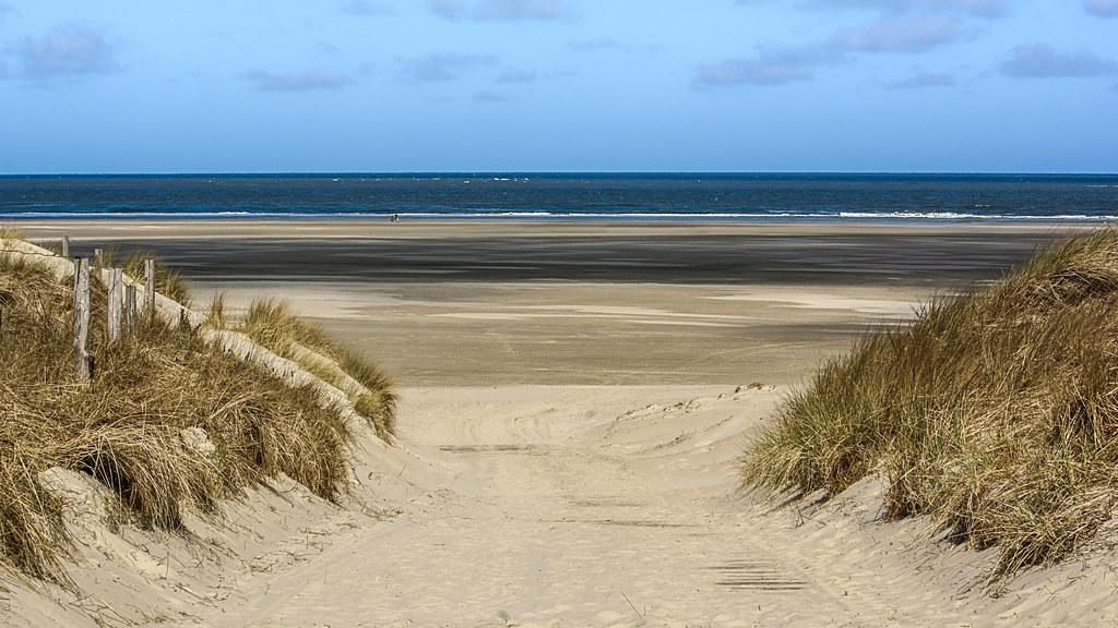 Im April am FKK Strand   Peter Sieling   Flickr
