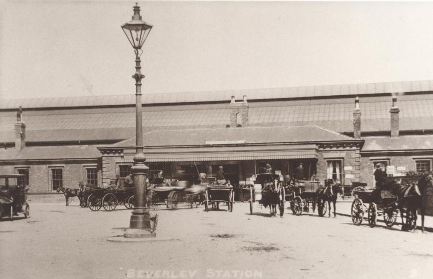 Beverley Railway Station - original canopy 1900 (archive ref DDX1525-1-10)
