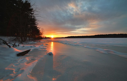 new travel sunset sky landscape countryside frozen bright outdoor magichour frozenlake lochravenreservoir