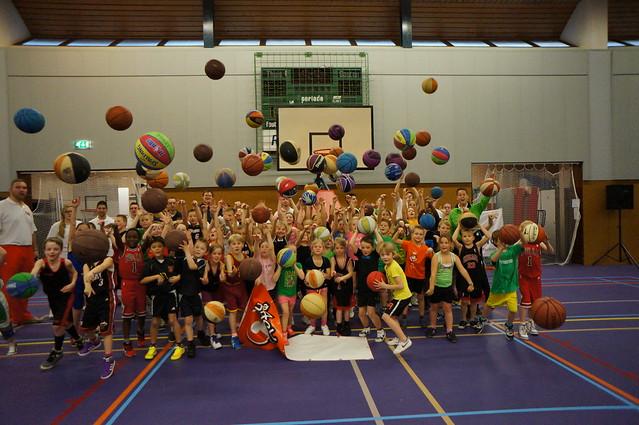 Opening Basketballs'cool!