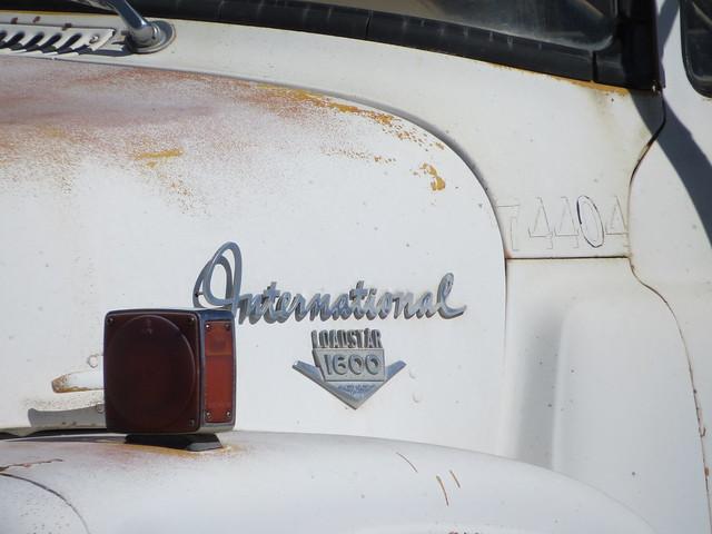 International Loadstar 1600