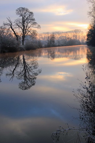 reflections river dee rnbwalesdee ecclestoneferry deeecclestoneferry
