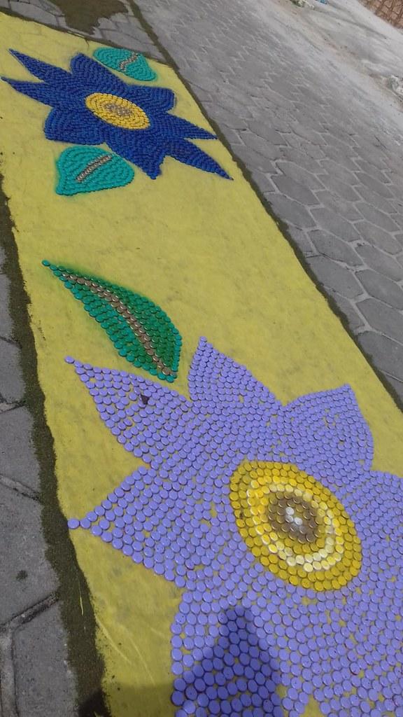 Confecção de tapetes mantém a tradição no feriado de Corpus Christi em Prado (14)