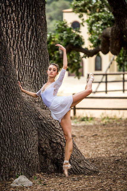 Pretty Portraits Ballerina Dancer White Leotard! Beautiful Professional Ballerina Dancing Ballet in Malibu! Nikon D810 70-200mm VR2 F2.8 Nikkor Zoom! Fine Art Classical Ballet in Pointe Shoes Slippers Leotard Tutu Photography! High Res Model Arabesque!