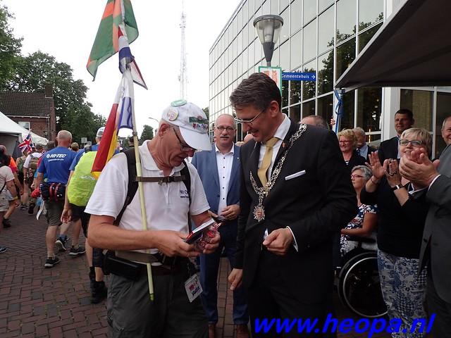 2016-07-22   4e     dag Nijmegen      40 Km   (100)