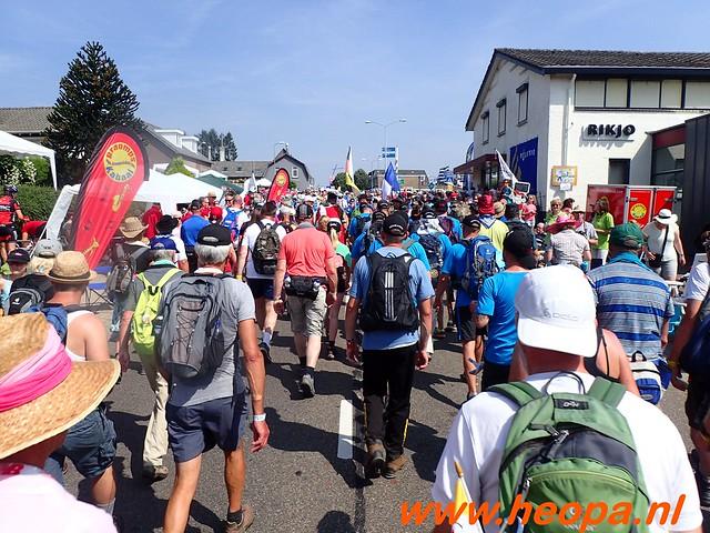 2016-07-21   3e  dag Nijmegen   40 Km  (87)