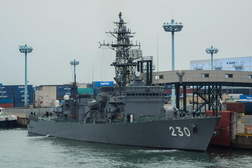 あぶくま型護衛艦じんつう DE-230 護衛艦隊第13護衛隊