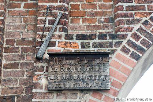 Jüterboger Leitspruch am Stadttor