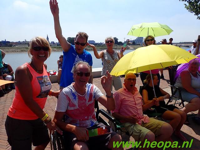 2016-07-19   1e dag Nijmegen    40 Km (133)